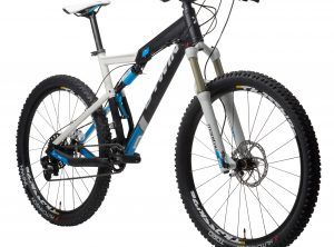 B'twin MTB Rockrider 740 S V2 wit XL : 1M80-1M95